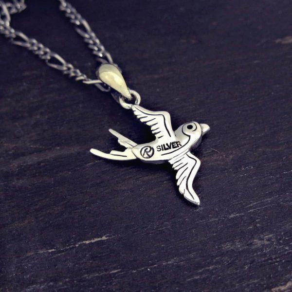 燕(スワロー)のネックレス